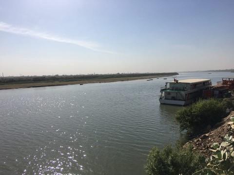 いつもと変わらず穏やかに流れるナイル川