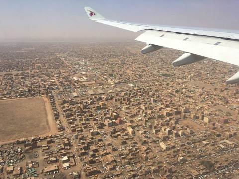 上空から見たスーダンの街